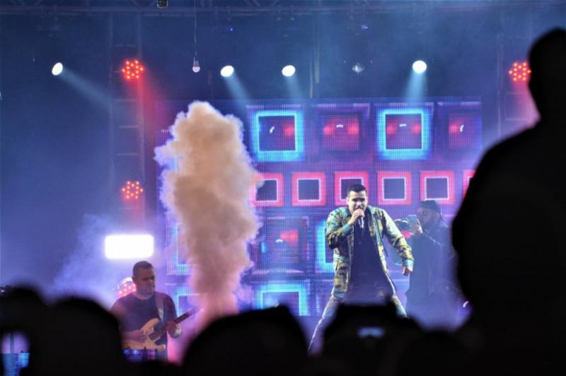 Jerry Smith agita público em show inédito em São Miguel do Oeste