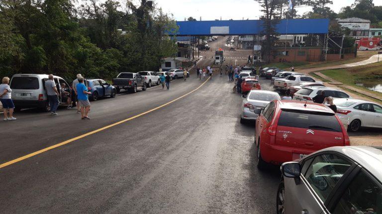 Argentinos que estavam em SC tentam voltar ao país de origem em Dionísio Cerqueira