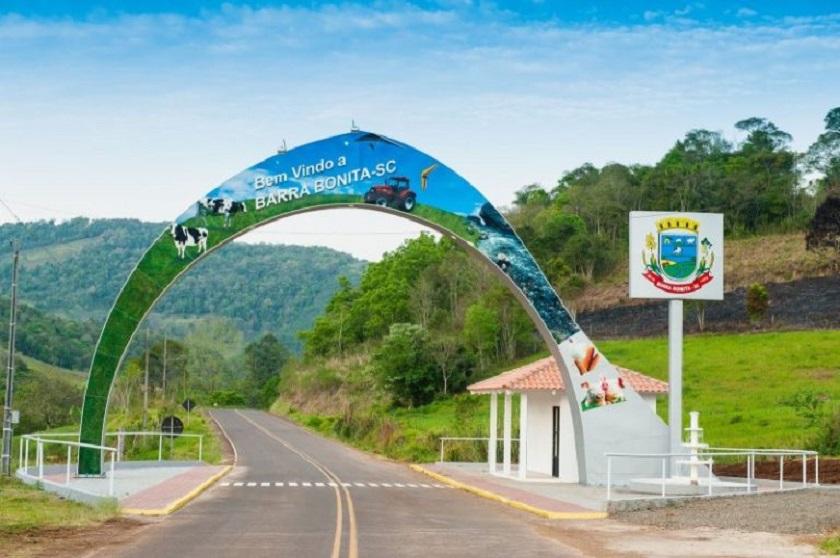 Ex-prefeito e vice de Barra Bonita tem negada indenização por férias e 13º salário