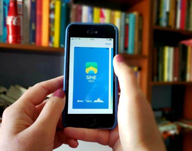 Sine/SC oferece atendimento por telefone e aplicativo