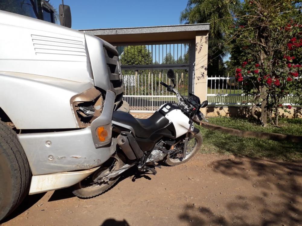 Motociclista ferido em colisão traseira na SC-163 em Itapiranga