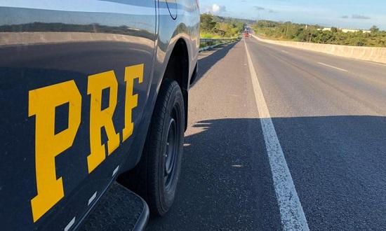 Acidentes em rodovias federais em SC matam três pessoas na madrugada deste domingo