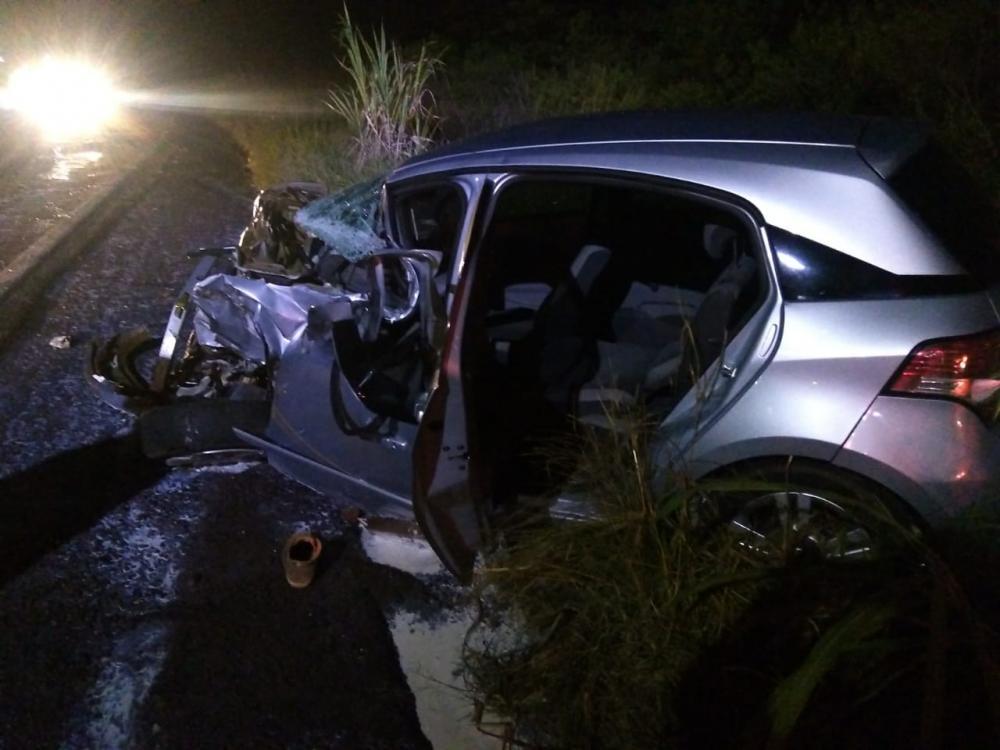 Homem morre após colisão entre carro e caminhão na SC-163 em Iporã do Oeste