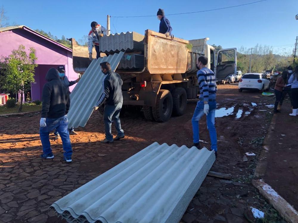 Ação rápida garante reconstrução em município atingido por tornado no Extremo-Oeste