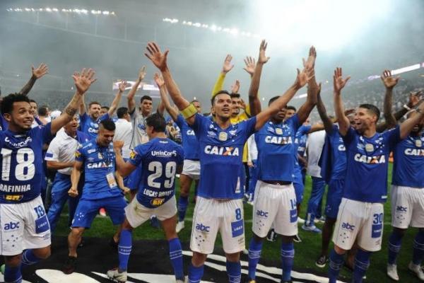 Cruzeiro vence o Corinthians e conquista hexa em final polêmica