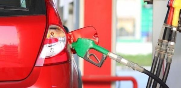 Gasolina da Petrobras volta a cair; mercado vê margens melhores na distribuição