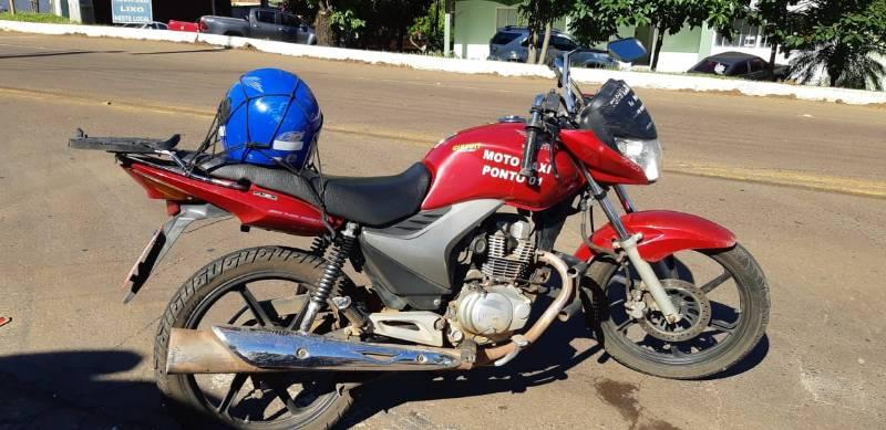 Moto taxista gravemente ferido em acidente em São Miguel do Oeste