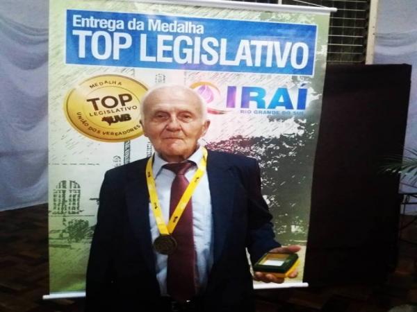 Vereador de São Miguel do Oeste é homenageado por ser o mais idoso do Brasil