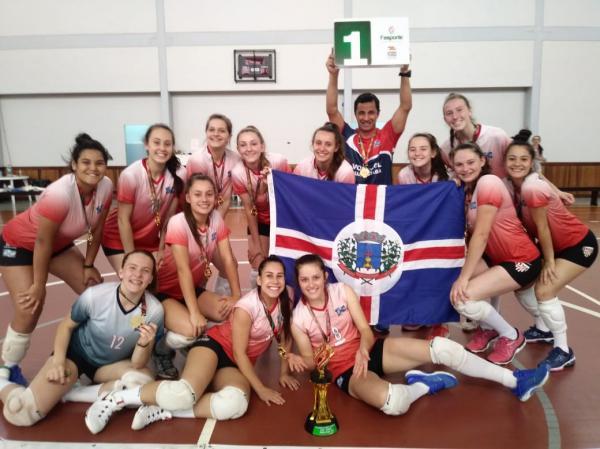 Guaraciaba fatura o título da Olesc no voleibol feminino