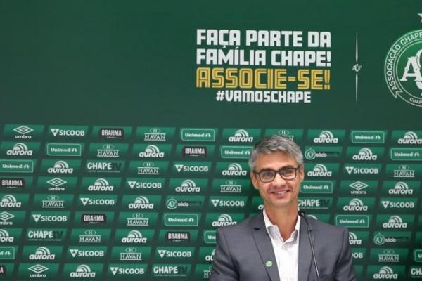 Chapecoense anuncia saída do diretor de futebol