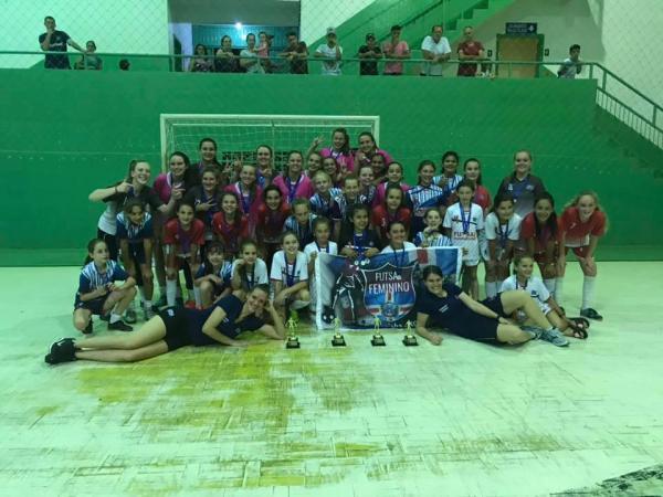 Futsal Feminino de Guaraciaba encerra 2018 com ouro e sete prêmios individuais