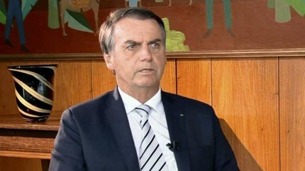 Bolsonaro vai propor nova idade mínima para aposentadoria