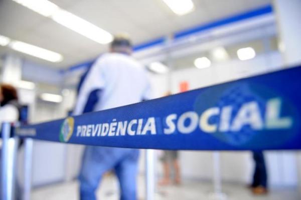 Governo Bolsonaro prepara pente-fino em todos benefícios do INSS, diz jornal