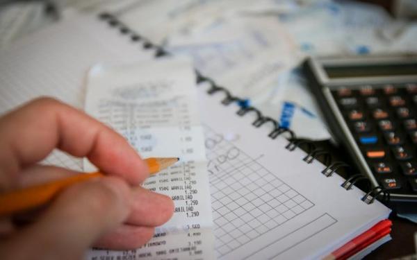 91% dos consumidores brasileiros não têm como pagar contas