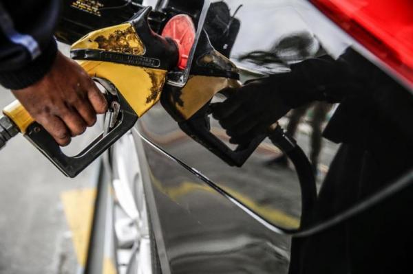 Preços da gasolina e do diesel em Santa Catarina estão entre os menores do Brasil