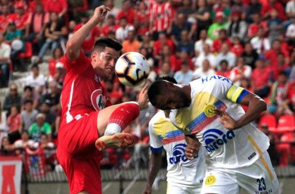 Chapecoense arranca empate diante do Unión La Calera-CHI