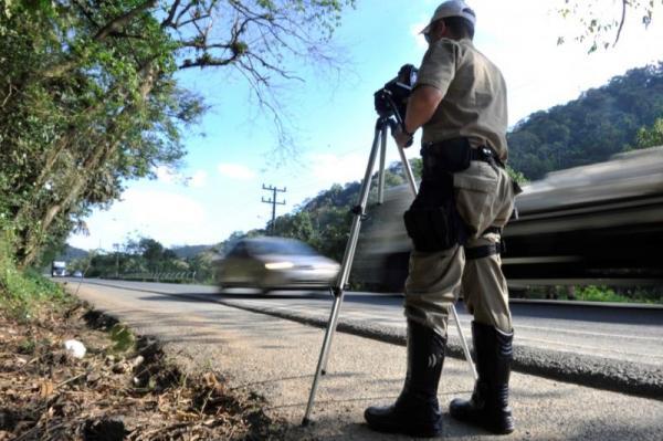 Projeto quer proibir fiscalização com radares em rodovias estaduais de Santa Catarina