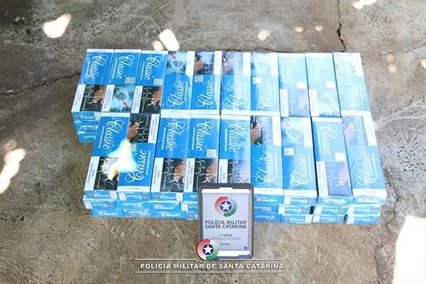 Três são presos em operação da PM com mais de 15 mil cigarros contrabandeados