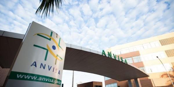 Membros do MP brasileiro pedem urgência à ANVISA para adoção do selo de advertência nos produtos processados e ultraprocessados