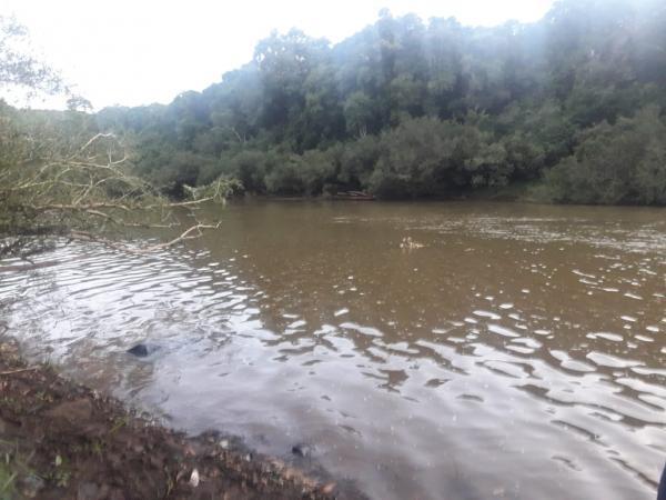 Jovem morre afogado no Rio Peperi-Guaçu em Paraíso