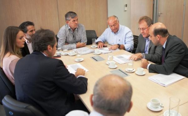 Governo do Estado e Fiesc elaboram nova política industrial de Santa Catarina