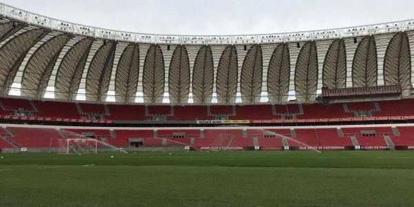 Inter treina com portões fechados após derrota no Gre-Nal