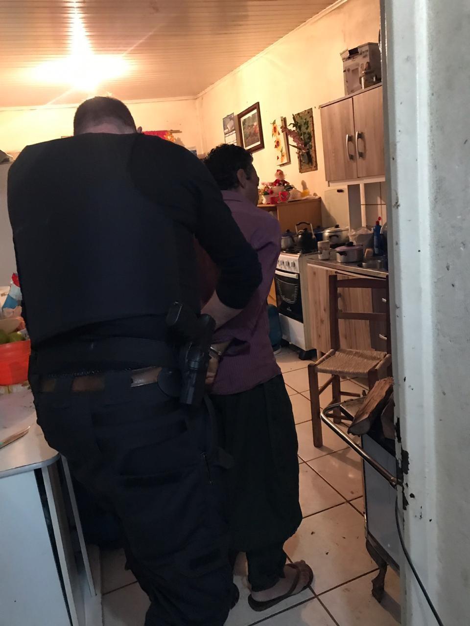 Polícia Civil, Canil, Saer e Exército desencadeiam operação em Cedro e Guarujá