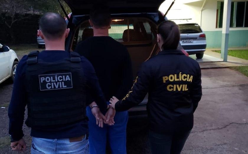 Motorista envolvido em acidente com mortos é preso em São João do Oeste