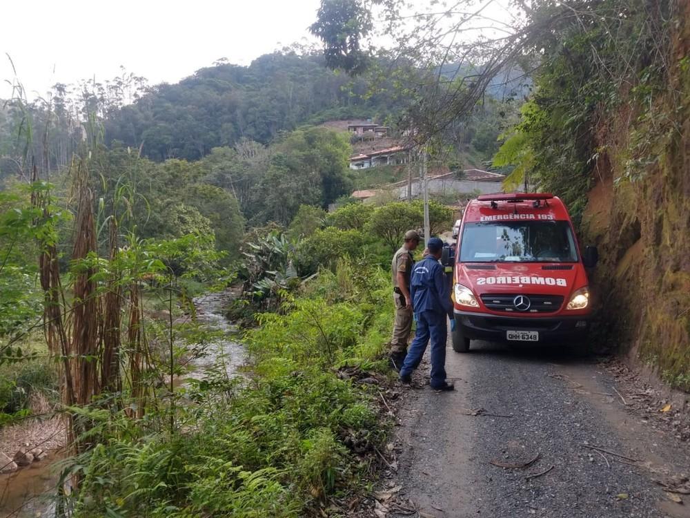 Criança de 9 anos morre apos carro cair em ribanceira no Vale do Itajaí