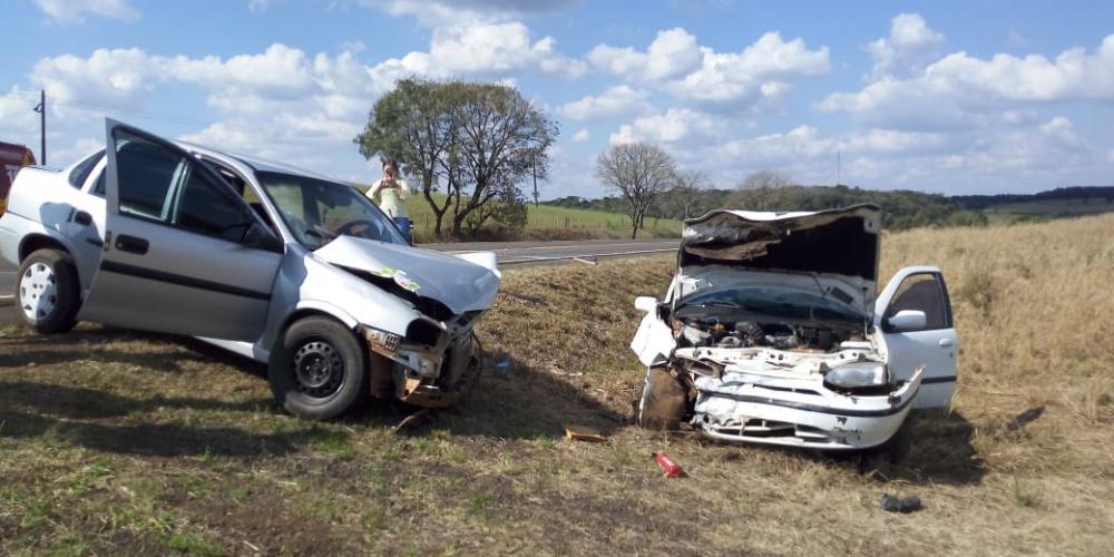 Seis feridos graves em acidente com veículo de Bandeirante no PR