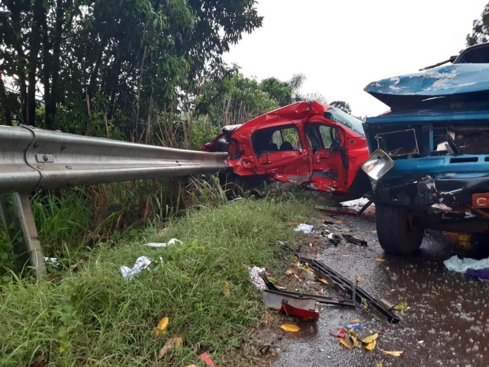 Acidente entre veículos deixa uma pessoa morta em Chapecó na SC-283