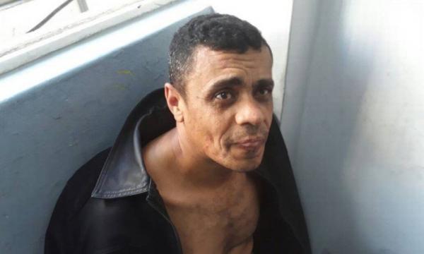 Suspeito é preso logo após ataque contra Bolsonaro