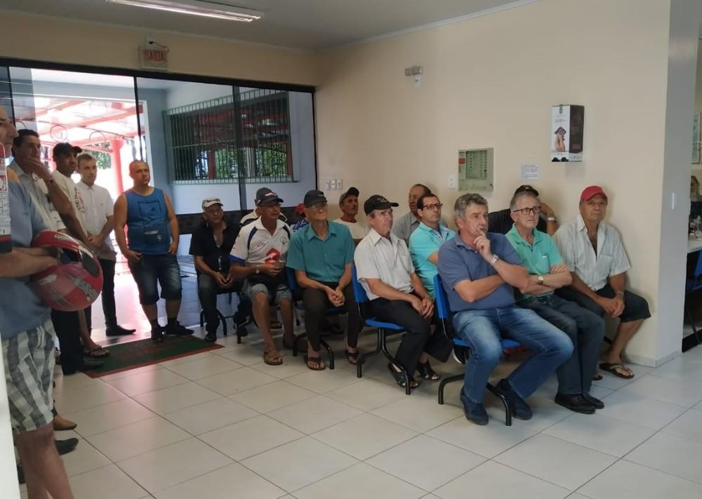 Novembro Azul encerra com atendimentos em terapias alternativas