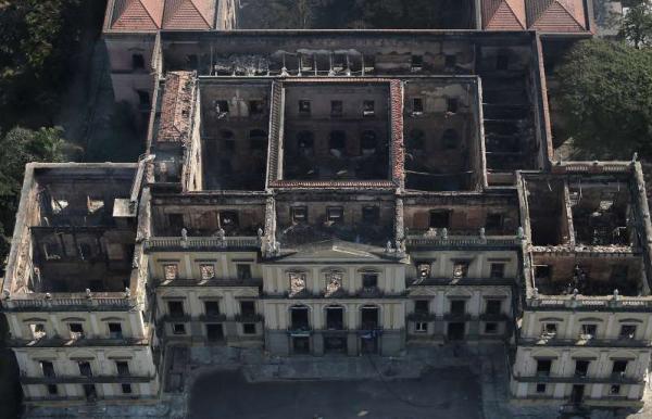 Nova agência vai assumir reconstrução do Museu Nacional