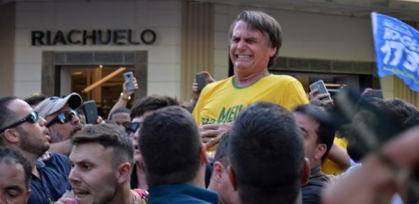 Bolsonaro é submetido a cirurgia de emergência, diz presidente do PSL