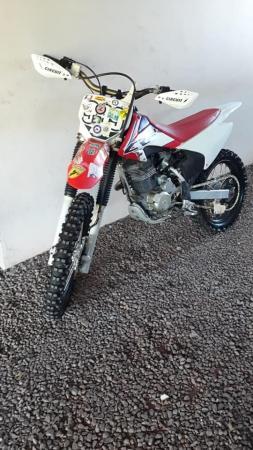 Motocicleta é furtada durante evento de trilha em Romelândia